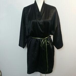 Victoria's Secret Angels black robe.   Sz O/S